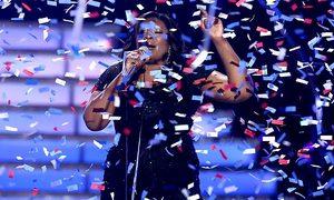 Candice Glover đăng quang American Idol sau 2 năm thất bại