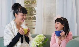 Hồng Khanh thu âm 'Mamma' tặng mẹ Chiều Xuân