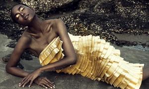 Lâm Thu Hằng hóa tiên cá với váy Đỗ Mạnh Cường