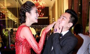 Ninh Hoàng Ngân xuất hiện cùng chồng mới cưới