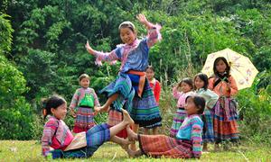 Sắc màu đa dạng của văn hóa Việt Nam qua các bức ảnh
