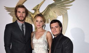 Jennifer Lawrence tiếp tục 'hù' bạn diễn
