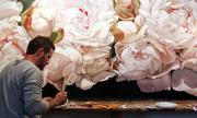 Những đóa hoa rực rỡ trong tranh Thomas Darnell