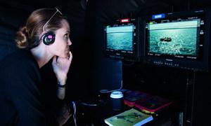 Phim do Angelina Jolie đạo diễn hé lộ ba trích đoạn mới
