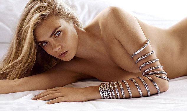 Cara Delevingne bán khỏa thân quảng cáo trang sức