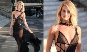 Mỹ nhân phim 'Mad Max' mặc đẹp nhất tuần với váy xuyên thấu