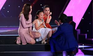 Giọng hát trong trẻo hút hồn bốn huấn luyện viên The Voice Kids