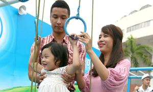 Diệp Chi, Hồng Đăng đưa con gái đi chơi