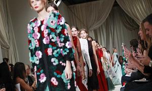 10 màn trình diễn ấn tượng ở Tuần thời trang New York