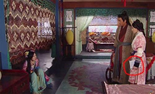 nhung-hat-san-trong-phim-tvb-khien-khan-gia-cuoi-rinh-rich-7