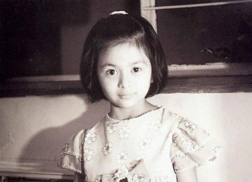 quan-chi-lam-nhan-sac-bieu-tuong-hong-kong-thap-nien-1990
