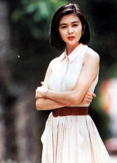 quan-chi-lam-nhan-sac-bieu-tuong-hong-kong-thap-nien-1990-7