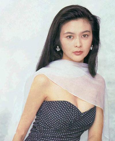quan-chi-lam-nhan-sac-bieu-tuong-hong-kong-thap-nien-1990-1