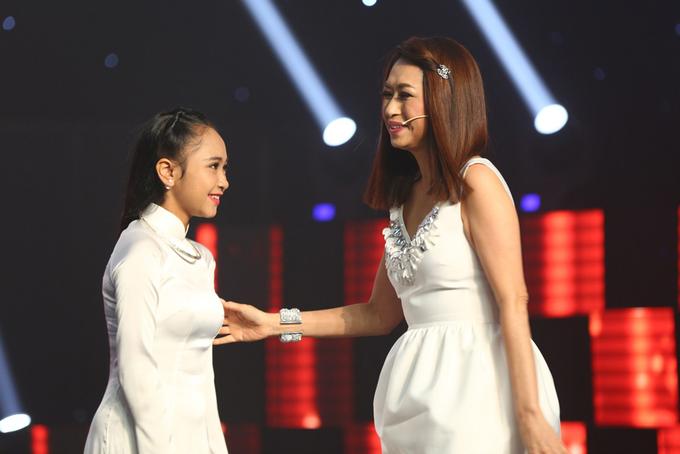 Ý Lan phấn khích vì giọng hát trữ tình của thí sinh 16 tuổi