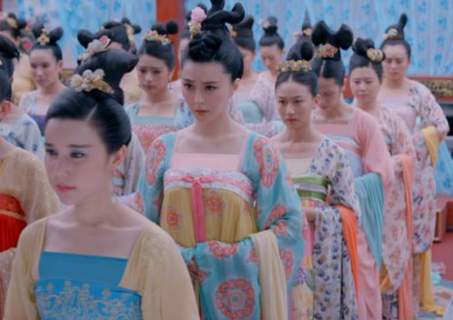 cac-canh-ky-xao-cua-phim-tvb-khien-fan-do-khoc-do-cuoi-8