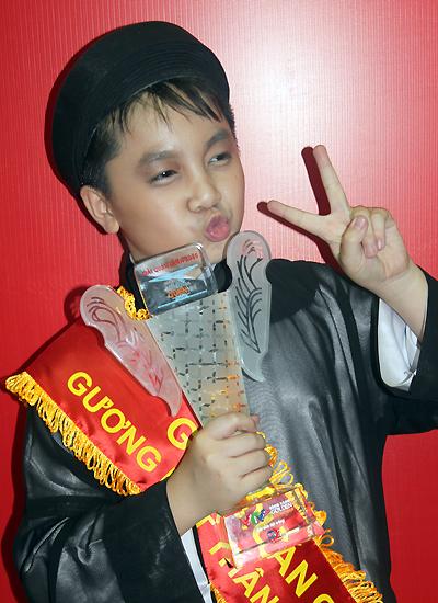 Bé Hoàng Quân (có tên thân mật là bé Ben) năm nay học lớp sáu.