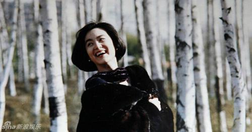 anh-lam-thanh-ha-ben-tan-han-thap-nien-1980-gay-chu-y-6