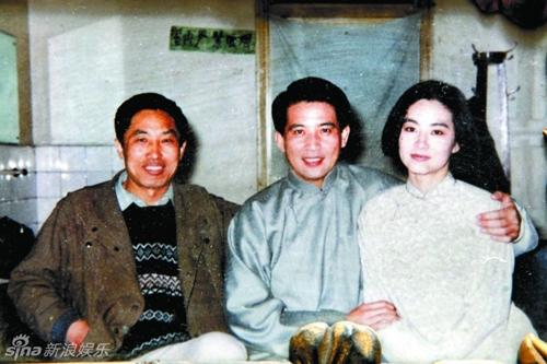anh-lam-thanh-ha-ben-tan-han-thap-nien-1980-gay-chu-y-2