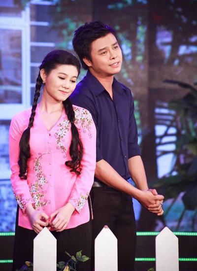 ngoc-lan-dong-vai-lua-me-lay-tien-choi-bac-4