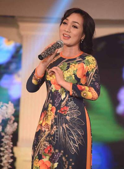 phuong-hong-ngoc-gap-khan-gia-que-huong-sau-30-nam-3