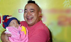 Hiếu Hiền khoe con gái hai tháng tuổi