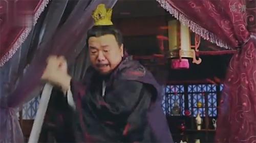 nhung-hat-san-trong-phim-hoa-ngu-khien-fan-do-khoc-do-cuoi-8