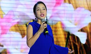 Mỹ Linh hát say đắm trong tiệc sinh nhật VnExpress 15 năm
