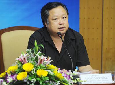 nhac-si-luong-minh-dot-ngot-qua-doi-o-tuoi-49