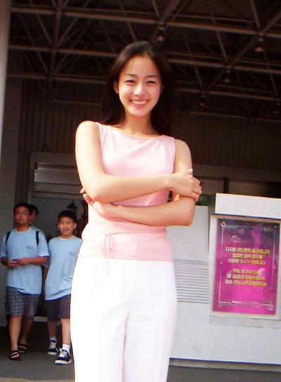 nhan-sac-khi-khong-son-phan-cua-kim-tae-hee-6