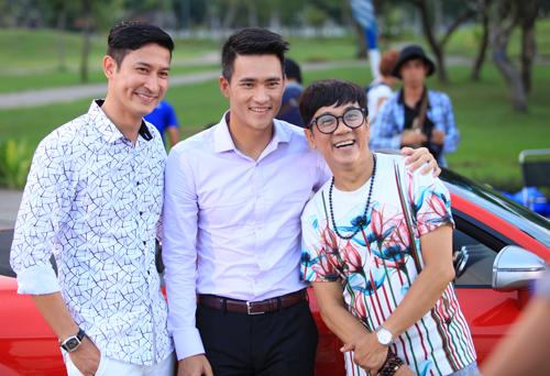 Từ trái qua: Huy Khánh, Công Vinh và Thành Lộc trên phim trường.
