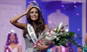 Người đẹp Puerto Rico trầm cảm sau khi bị tước vương miện