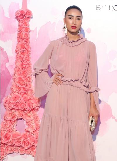Người mẫu Trang Khiếu trong sự kiện.