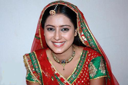 Diễn viên Pratyusha Banerjee qua đời ở tuổi 25.