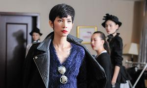 Xuân Lan chỉ đạo catwalk show Kelly Bùi ở Thượng Hải