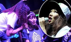 Gia đình Hà Trần kết hợp ăn ý trên sân khấu