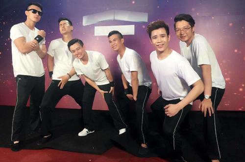 nhom-trai-dep-nhai-ben-thuong-hai-khong-ao-tuong-ve-thanh-cong-1