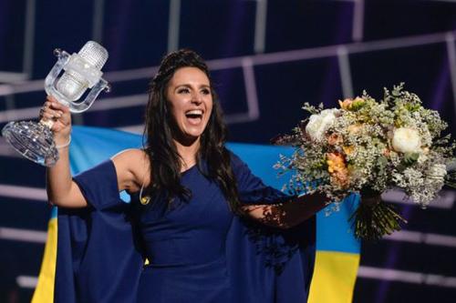 nghe-si-opera-ukraine-gay-tranh-cai-khi-dang-quang-eurovision