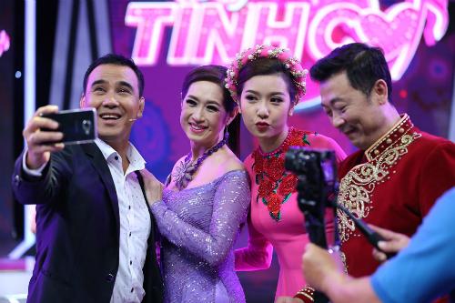thuy-van-bop-vai-cho-van-son-trong-hau-truong-gamehshow-5