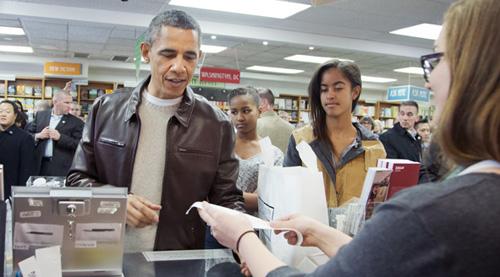 tong-thong-obama-nuoi-duong-tinh-yeu-doc-sach-nhu-the-nao