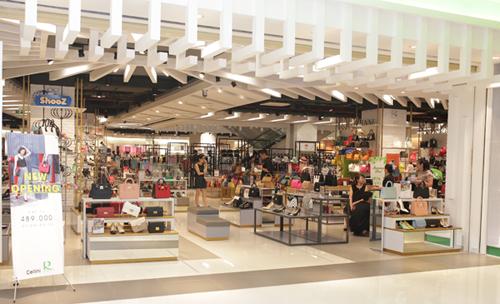 Tham gia mua sắm sản phẩm trong ngày khai trương, khách hàng nhận được ưu đãi lên đến 30% cho tất cả sản phẩm; giảm thêm 10% vào khung giờ vàng 20h-22h các ngày 26, 27 và 28/5. Chương trình áp dụng đến hết ngày 3/6.