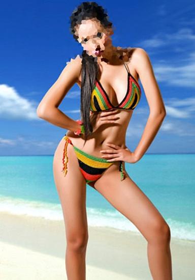 doan-ten-hoa-hau-viet-qua-nhung-buc-hinh-bikini-3
