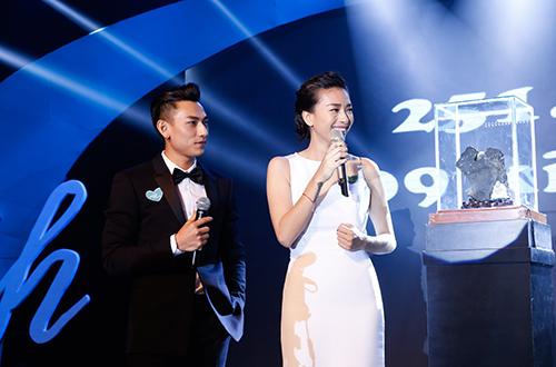 ngo-thanh-van-nhan-hon-5-5-ty-dong-cho-vet-seo-cuoc-doi-6