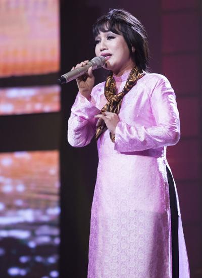 Ca sĩ Hà Vân hóa thân thành nghệ sĩ Hương Lan với nhạc phẩm nổi tiếng