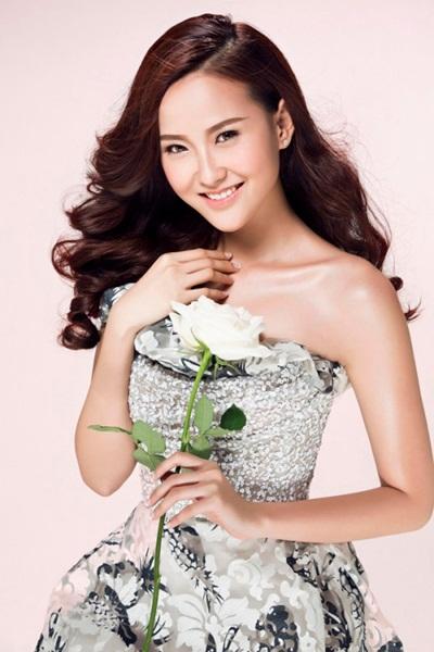 Đỗ Trần Khánh Ngân - gương mặt thuộc đội Phạm Hương - từng vào vòng chung kết Hoa hậu Hoàn vũ 2015.