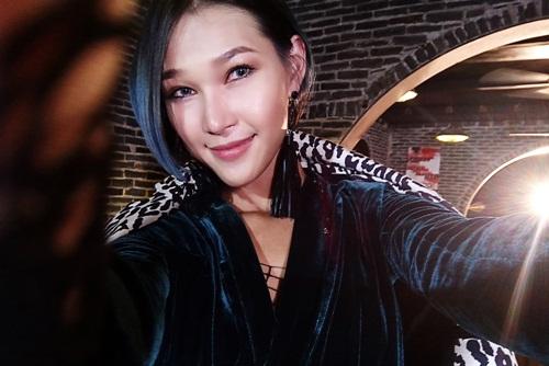 Stylist trẻ Diệp Linh Châu là một trong những thí sinh cá tính của đội Phạm Hương. Từng đoạt giải nhất trong một cuộc thi tìm kiếm fashionista, Diệp Linh Châu mong muốn thử sức mình trong lĩnh vực người mẫu sau khi đã làm stylist cho nhiều bộ ảnh.