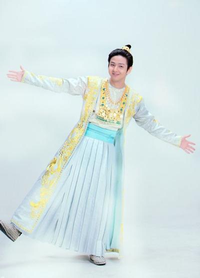 """Tài tử Hàn Quốc Kim Ki Bum từng vấp phải phản ứng từ người hâm mộ, khi đóng Đoàn Dự trong """"Thiên long bát bộ"""" 2012."""