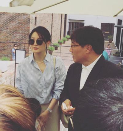 doanh nhân Jung Ho Young