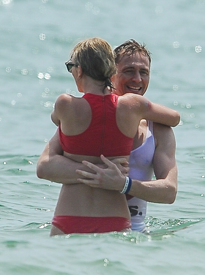 taylor-swift-mac-bikini-nong-bong-om-tom-hiddleston-1