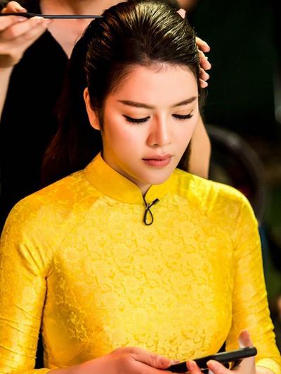 ly-nha-ky-pham-huong-trang-diem-dep-voi-phong-cach-doi-lap