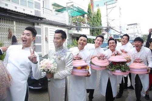 kieu-nu-ngoc-lan-nuc-no-chia-tay-me-ve-nha-chong-9